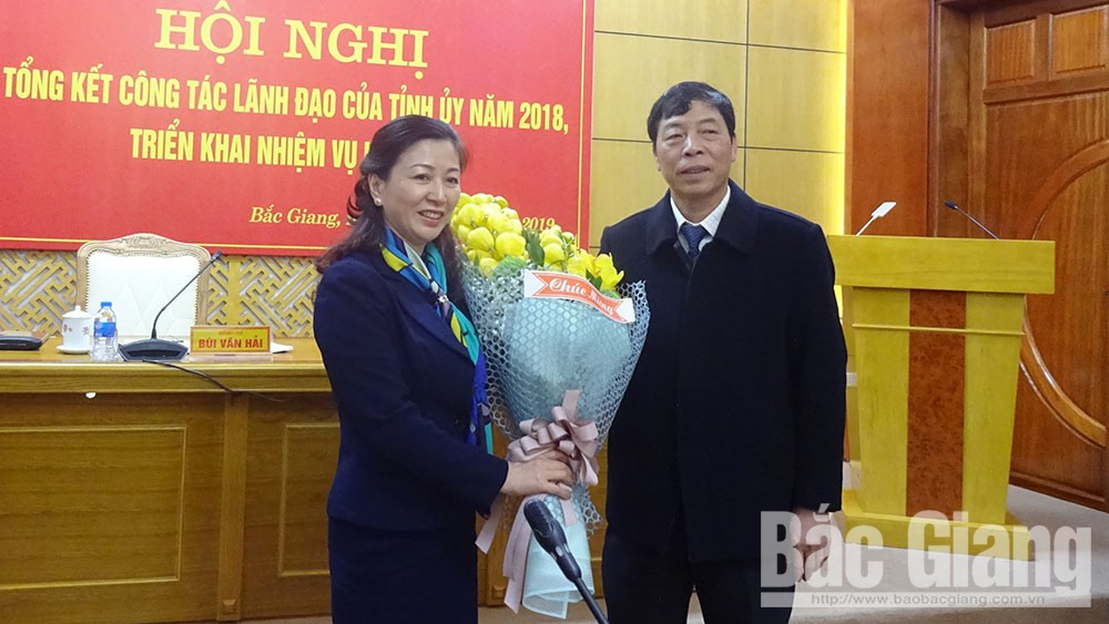 Le Thi Thu Hong elected Permanent Deputy Secretary of provincial Party Committee