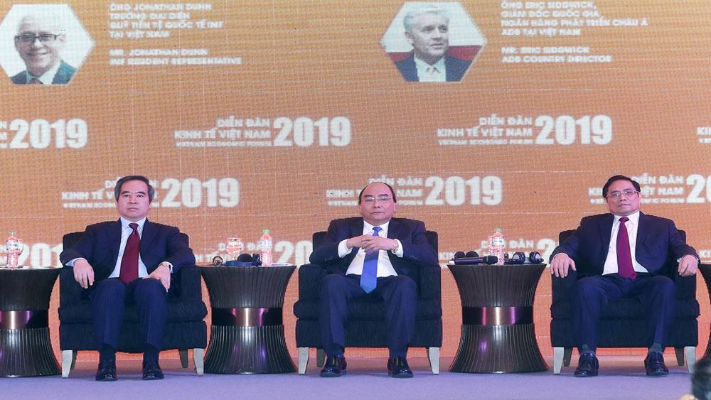 Thủ tướng Nguyễn Xuân Phúc: Chính phủ sẽ thúc đẩy mạnh mẽ hơn nữa các cải cách về cơ cấu, nâng cao chất lượng thể chế