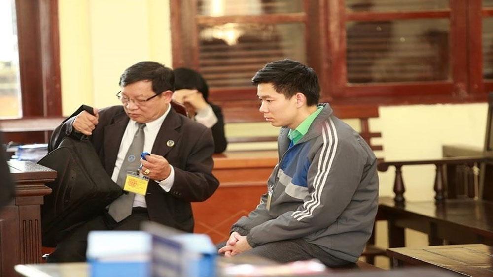 Tình tiết bất ngờ có lợi cho cựu bác sĩ Hoàng Công Lương