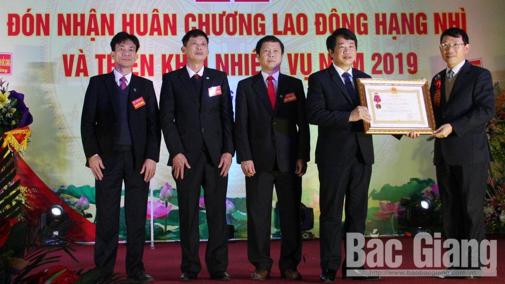 Bảo hiểm xã hội Bắc Giang đón nhận Huân chương Lao động hạng Nhì