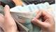 Tạm đình chỉ công tác hiệu trưởng bớt xén tiền hỗ trợ học sinh