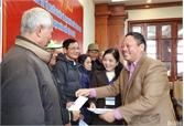 Công ty cổ phần Y dược LanQ tặng 30 suất quà cho nạn nhân chất độc da cam