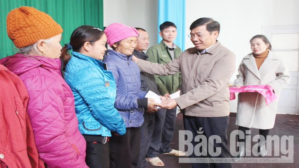 Tỉnh Bắc Giang, Phó Chủ tịch UBND tỉnh Dương Văn Thái, Tặng quà Tết cho hộ nghèo