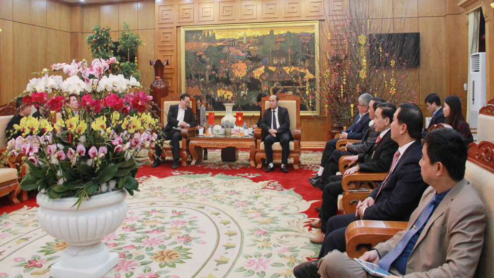 Provincial Chairman welcomes Economic and Commercial Counselor of Chinese embassy in Vietnam