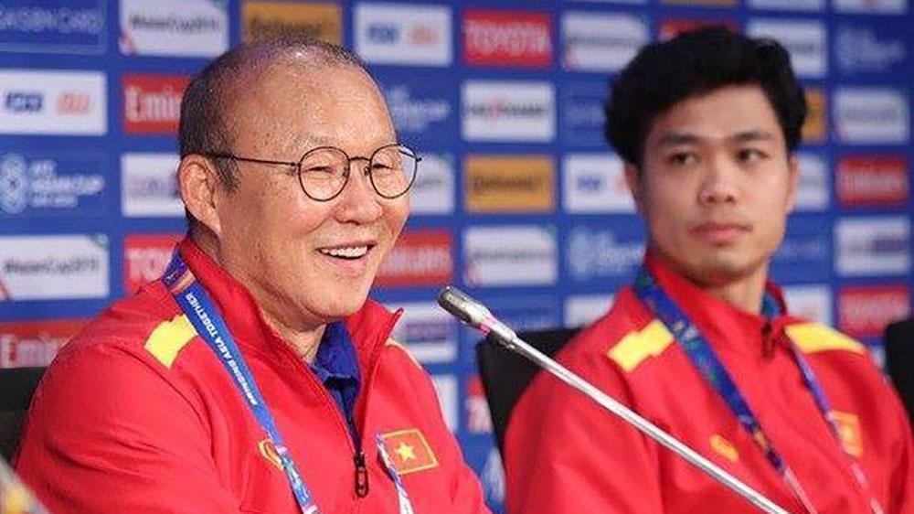 HLV Park Hang-seo nói gì với học trò trước trận quyết đấu Nhật Bản?