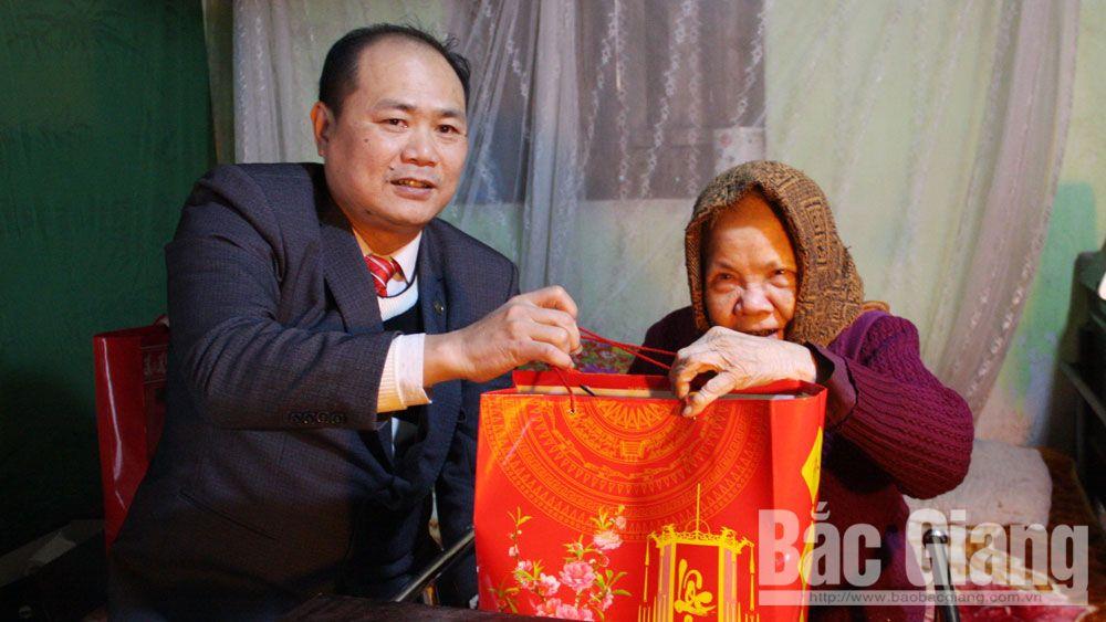 Việt yên, gia đình chính sách, quà tết, hộ nghèo