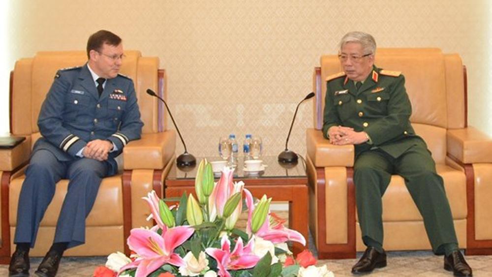 Vietnam, Canada promote defence ties