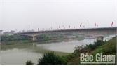 Bắc Giang: Thầy giáo thể dục cứu sống thiếu nữ nhảy xuống sông Thương