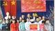Phó Chủ tịch Ủy ban T.Ư MTTQ Việt Nam Ngô Sách Thực tặng quà Tết
