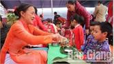 Ba trường mầm non tổ chức hoạt động cùng trẻ trải nghiệm ngày Tết cổ truyền