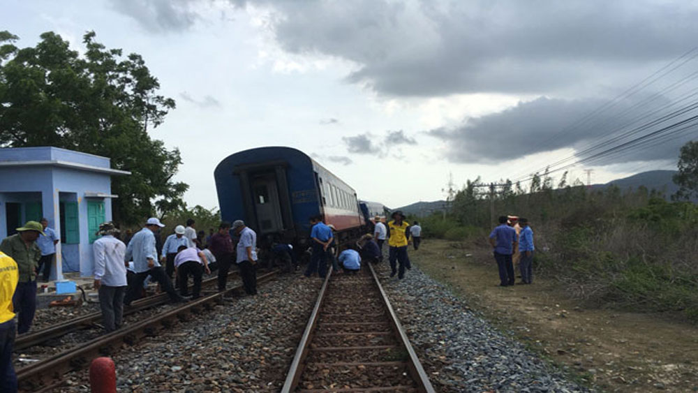 Đường sắt Bắc-Nam đã được thông tuyến sau sự cố tàu trật bánh