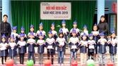 Trường Tiểu học Lãng Sơn nuôi heo đất tặng suất quà yêu thương