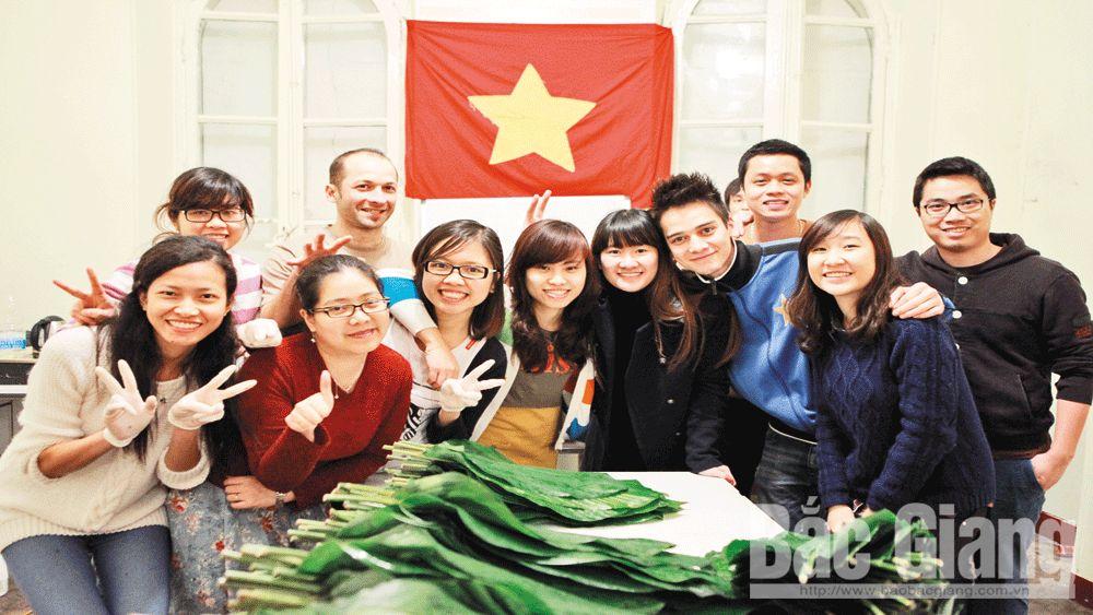 Hồn Việt xứ người
