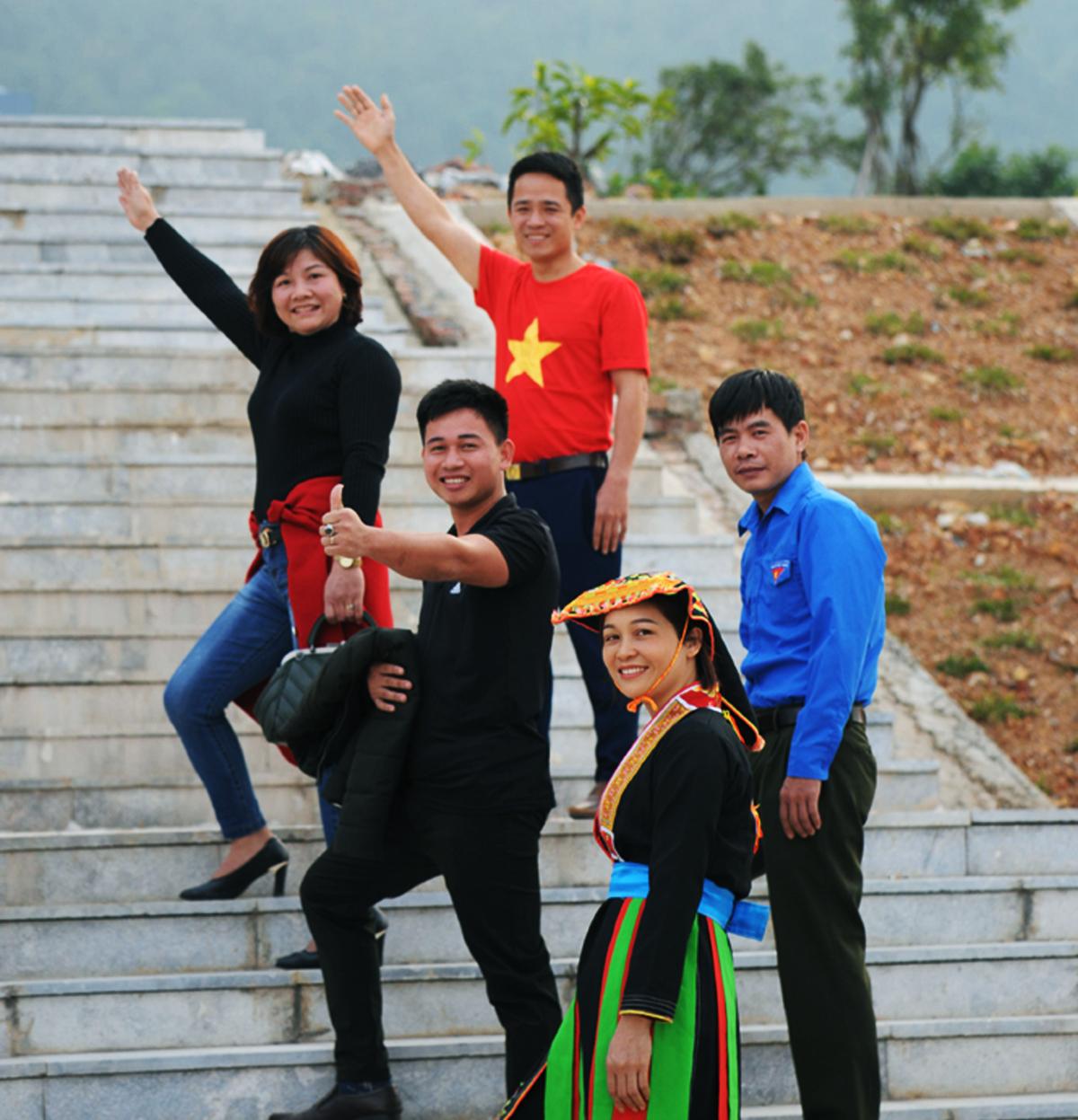 Bắc Giang, hội tụ, đồng bằng, trung du, miền núi, phát triển du lịch, Báo Bắc Giang, địa chỉ du lịch, nổi tiếng, Phật hoàng Trần Nhân Tông