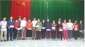 Lục Nam trao 368 suất quà cho hộ nghèo