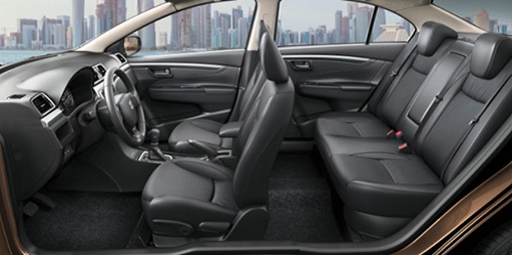 Suzuki Ciaz, Nhật Bản, nổi bật, không gian rộng rãi, công nghệ an toàn, hiệu suất, động cơ
