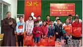 Trao 110 suất quà Tết cho người già cô đơn, trẻ em hoàn cảnh khó khăn TP Bắc Giang