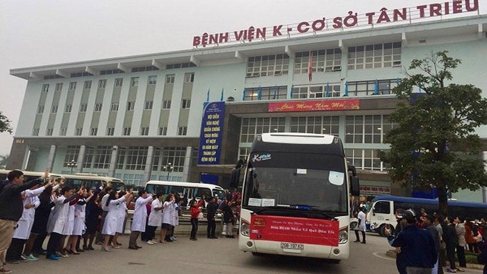 Bệnh viện K tổ chức xe chở miễn phí 1.000 bệnh nhân ung thư về quê ăn Tết