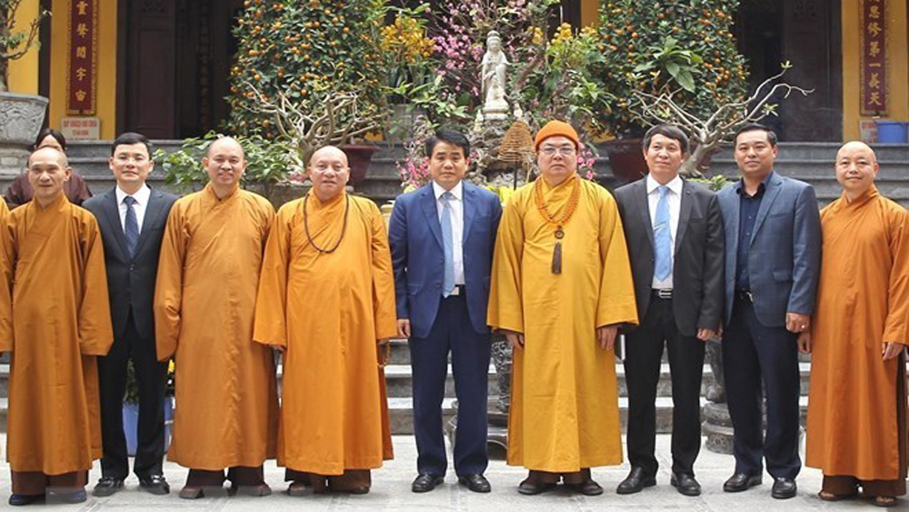 Hanoi leader, Tet greetings, Vietnam Buddhist Sangha, Nguyen Duc Chung,  Lunar New Year greetings, Quan Su Pagoda