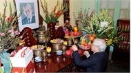 Tổng Bí thư, Chủ tịch nước Nguyễn Phú Trọng thắp hương, tưởng nhớ các đồng chí Tổng Bí thư: Lê Duẩn, Trường Chinh