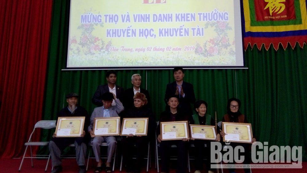 Việt yên, hội đồng họ Dương, mừng thọ, khuyến học, khuyến tài