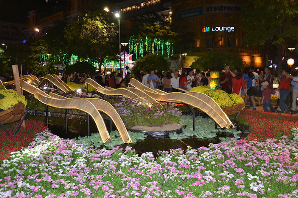 Lunar New Year 2019, bid farewell,  high hopes and expectations, dazzling firework displays, count-down arts programme, new spring