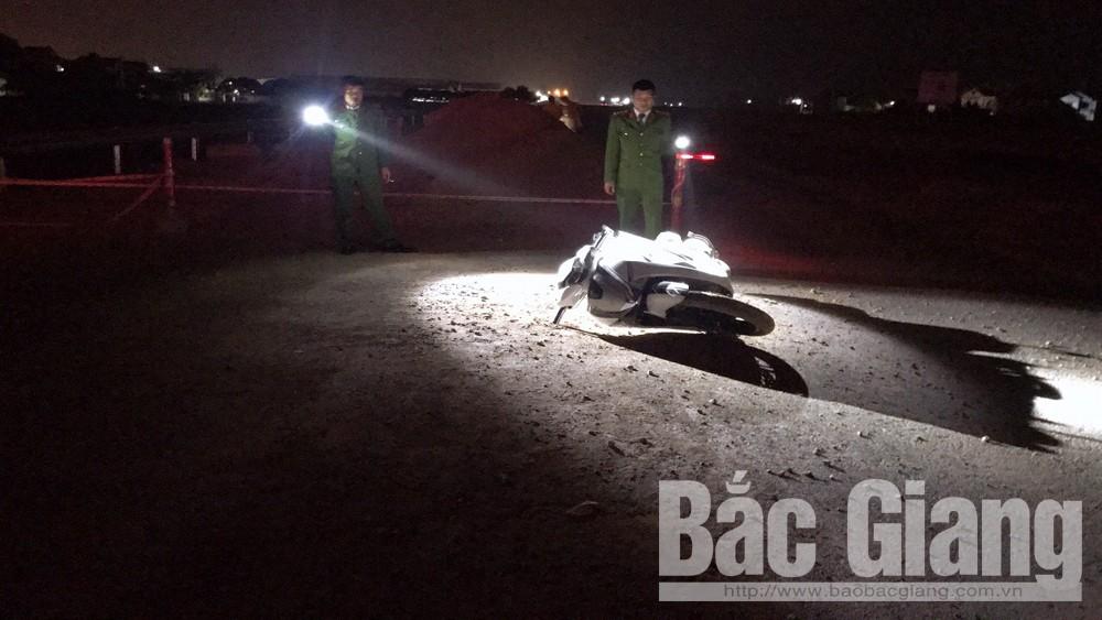 Đêm mùng 1 Tết, nam thanh niên điều khiển xe máy tự ngã chấn thương sọ não