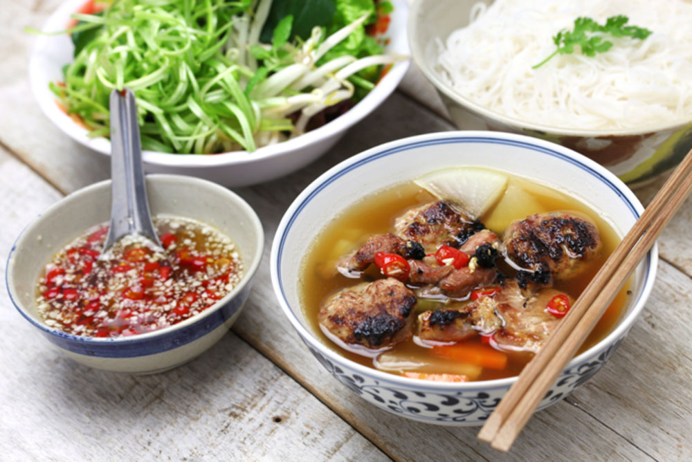 Delicious Vietnam dishes, pork dishes, popular meat, Vietnamese cuisine,  main ingredient, savory dishes, Fermented pork, Vietnamese sausage
