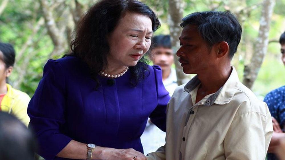 Thứ trưởng Bộ GD-ĐT, thăm hỏi, gia đình 6 học sinh bị chết đuối