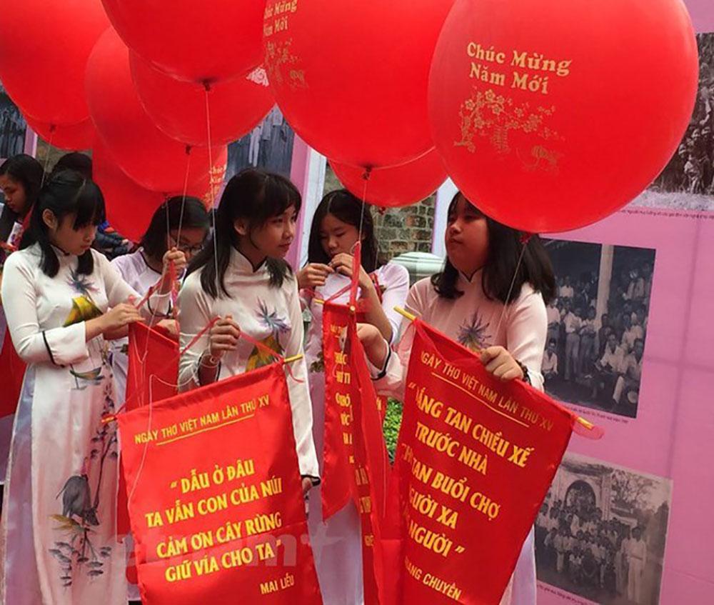 Ngày thơ 2019, quảng bá, văn học, Việt Nam, thế giới
