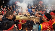 Tưng bừng trong khói lửa của cuộc thi thổi cơm ở làng Thị Cấm