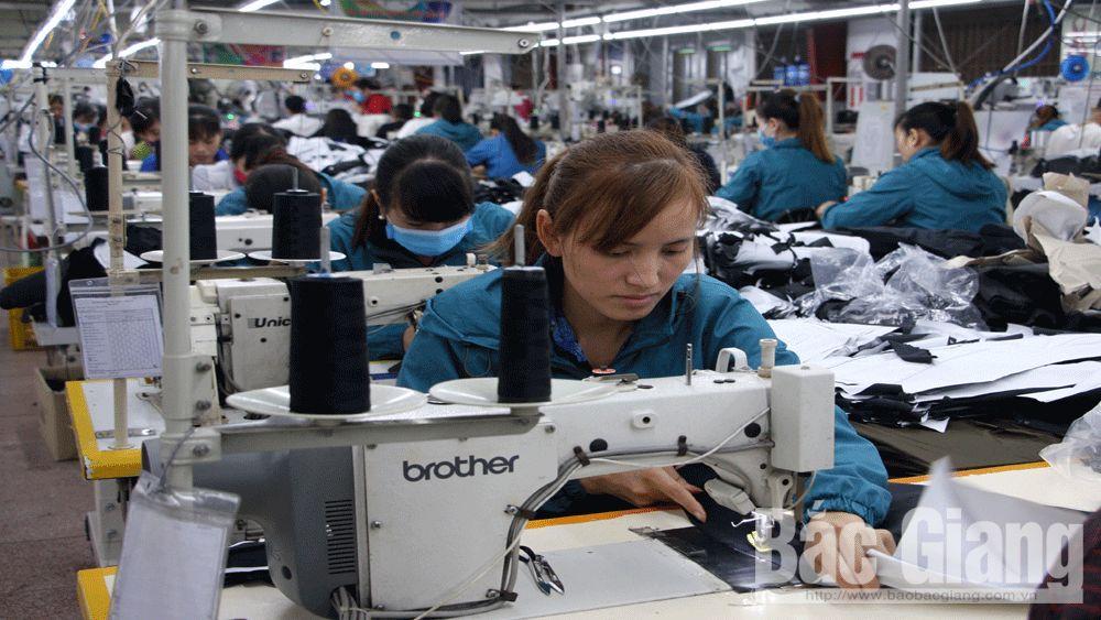 Lao động ở khu, cụm công nghiệp: Nền nếp, ổn định ngay sau Tết