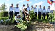 Tết trồng cây ở Trường Sa