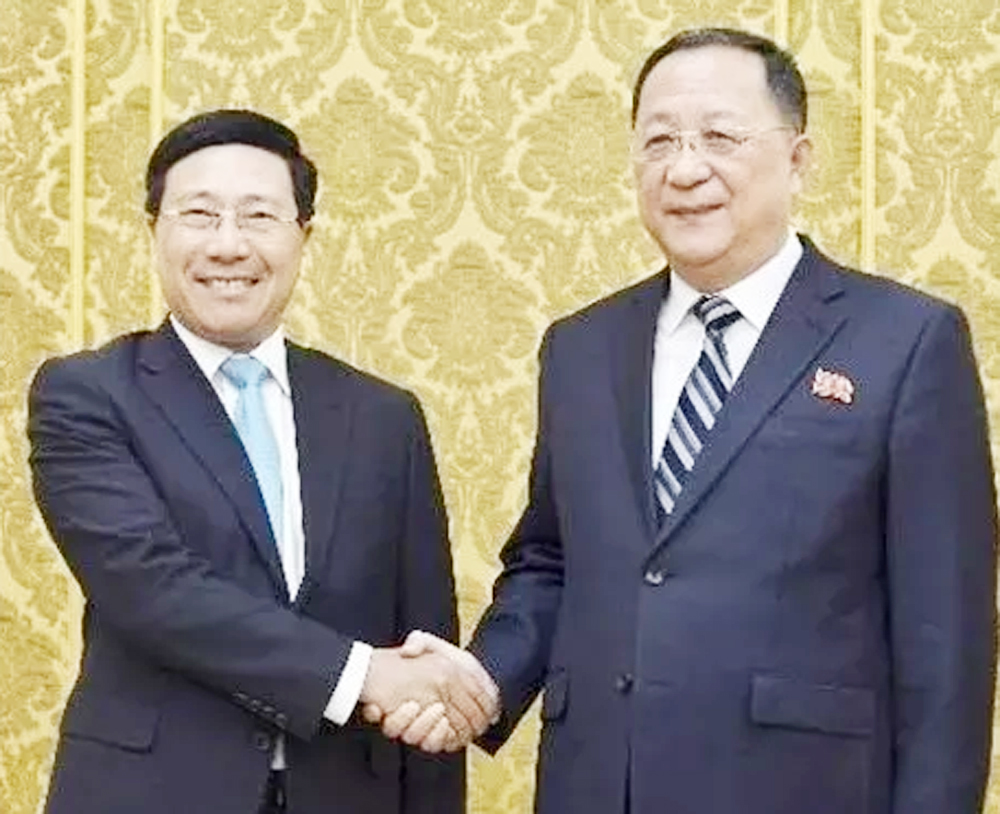 Vietnam, Democratic People's Republic of Korea, stronger ties, bilateral cooperation, national and international regulations, peace and development, socio-economic development