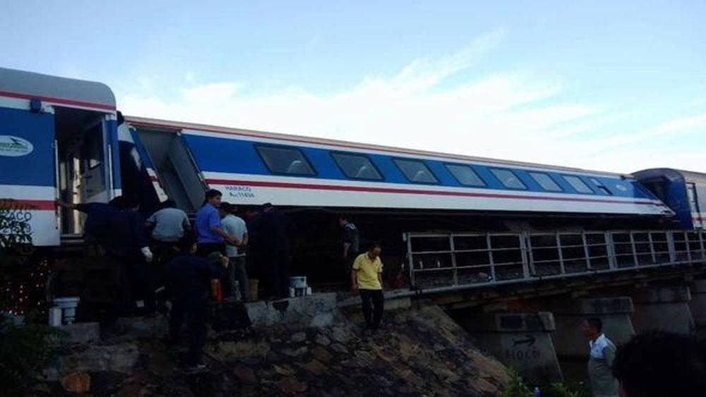 Khẩn trương khắc phục, thông tuyến đường sắt sau sự cố tàu khách trật bánh ở đoạn Biên Hòa, Đồng Nai
