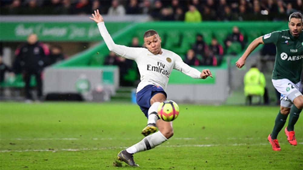 Mbappe lại ghi bàn trong chiến thắng của PSG