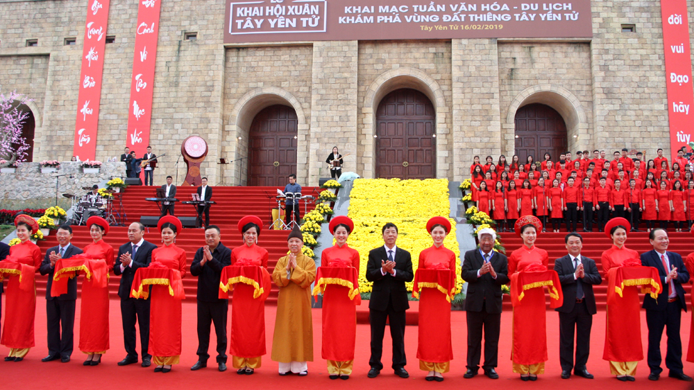 Tay Yen Tu, Spring Festival, Bac Giang province, spiritual-ecological tourist area, Culture-Tourism Week,  Discovering the sacred land of Tay Yen Tu, patriotism and national pride, national historical and cultural traditions