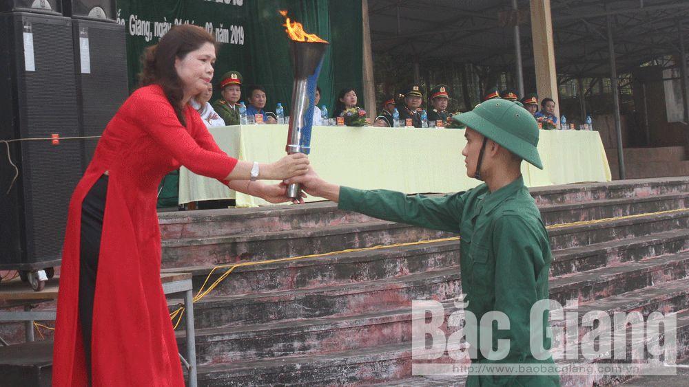 giao nhận quân; nhập ngũ; Tân Yên