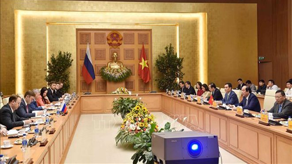 Russia, Vietnam, e-government, free-of-charge consultancy, technology transfer, training of experts, digital government and economy, public service portal, made-in-Vietnam products