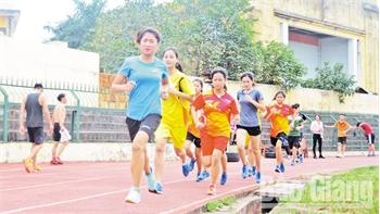 Hướng tới Giải việt dã truyền thống tranh Cúp Báo Bắc Giang lần thứ 38: Hứa hẹn cuộc đua  của những VĐV năng khiếu