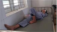 Nữ sinh lớp 8 rách giác mạc trong giờ học Hóa học vì phản ứng gây nổ