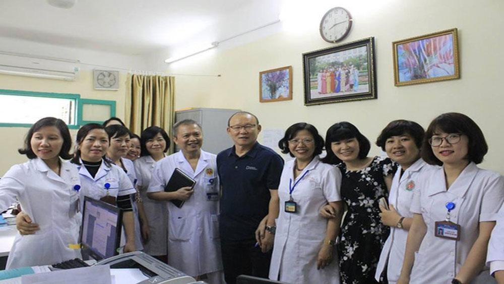 Kỷ niệm, 64 năm Ngày Thầy thuốc Việt Nam 27-2, tập thể dục trực tuyến, hơn 700 điểm cầu, Chương trình Sức khỏe Việt Nam