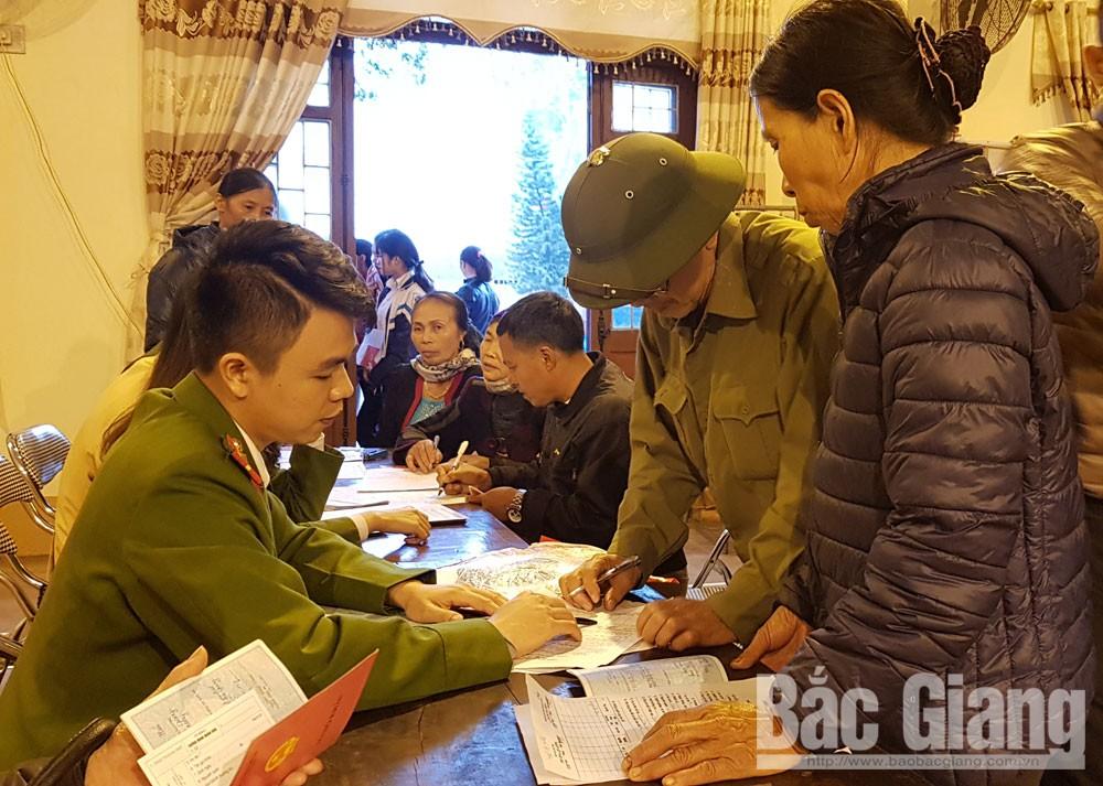 Cấp mới, cấp đổi chứng minh nhân dân cho công dân tại xã Dĩnh Trì, TP Bắc Giang