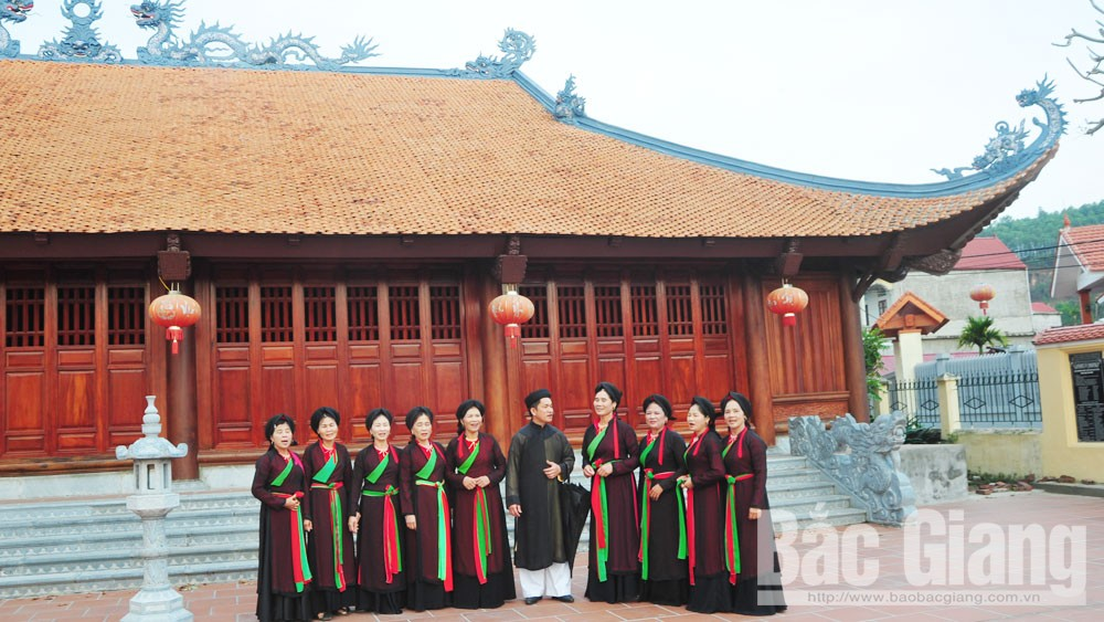 Bac Giang province, love duet melodies, Quan ho, passion for Quan ho, UNESCO,  intangible cultural heritage, evening practice, resounding melodies