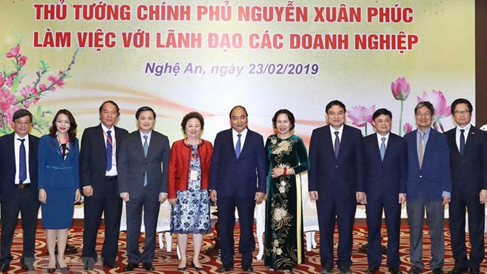 PM, Nguyen Xuan Phuc, central province,  legitimate rights, economic sectors, important driving force,  socio-economic development