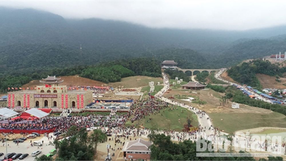 Bac Giang province, attractive and safe destination, Tay Yen Tu Spring Festival, Culture-Tourism Week, Exploring the sacred land of Tay Yen Tu, King-Monk Tran Nhan Tong, tourist attraction
