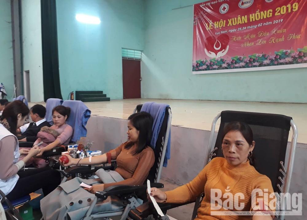 Huyện Lục Nam, hiến máu tình nguyện, lễ hội xuân hồng