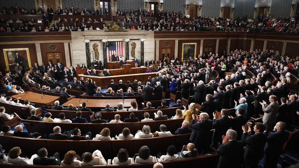 Hạ viện Mỹ thông qua dự luật ngăn cản tuyên bố tình trạng khẩn cấp quốc gia