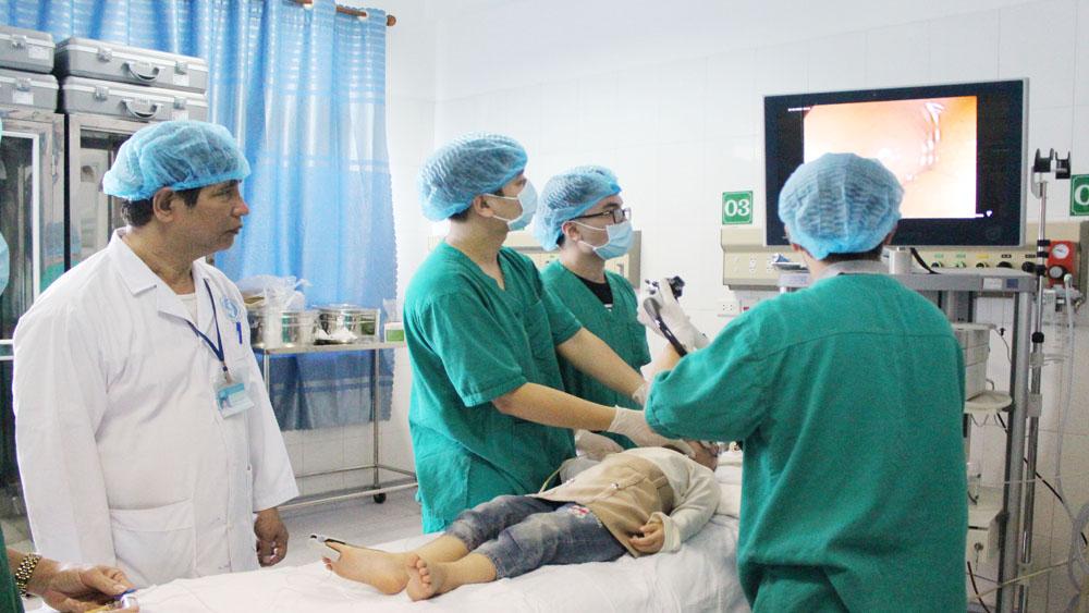 Bác sĩ Đồng Xuân Sắc-người thầy thuốc tận tâm với nghề