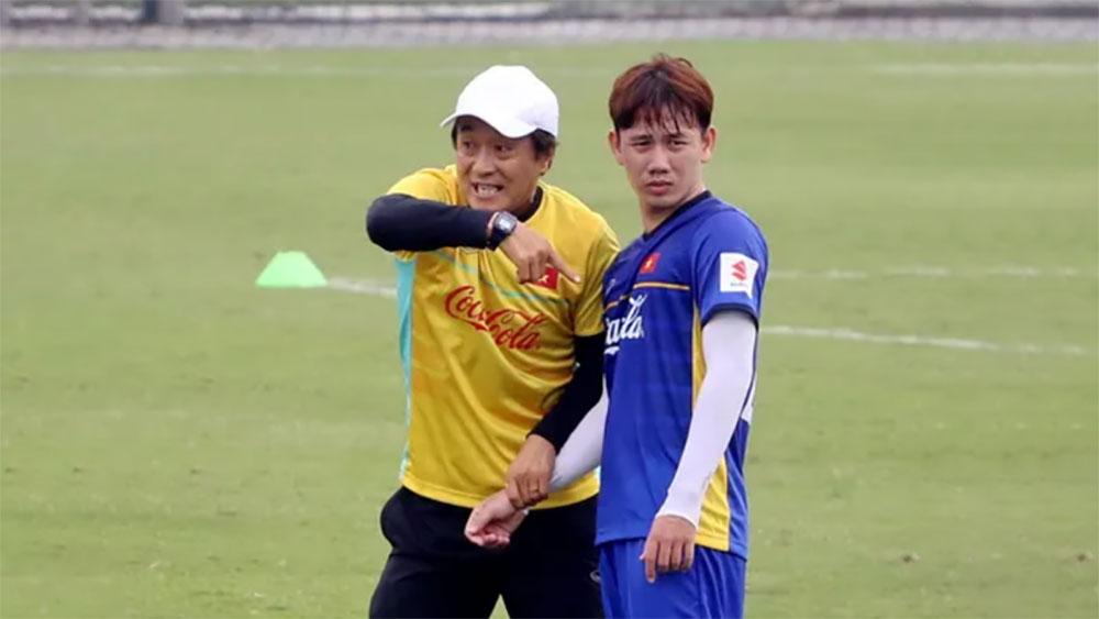 VFF giao chỉ tiêu HCV SEA Games cho trợ lý Lee Young Jin